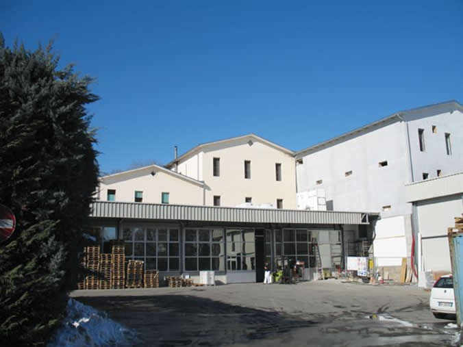 2010-02_Fontana_FronteStabilimento